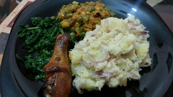 Homely Meals: Sautéed Potatoes, Peas Stew, Roast Chicken & Steamed Spinach